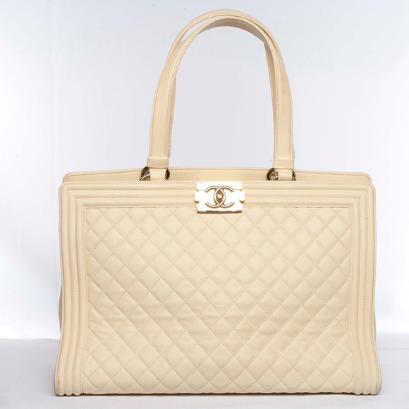 CHANEL Handbags - Auth CHANEL Large Boy Quilted Leather Tote Handbag